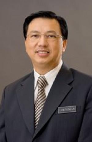 Datuk Liow Tiong Lai